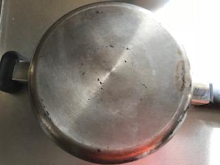 焦げが取れた鍋